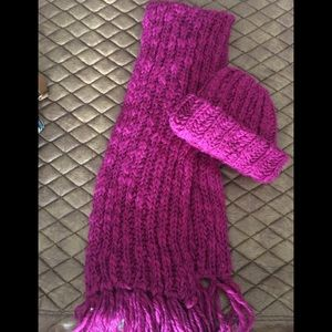 Magenta Hat & Scarf Set